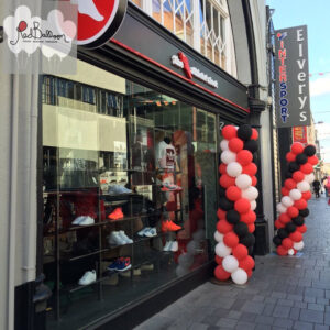 Red Balloon Corporate Cork (5)